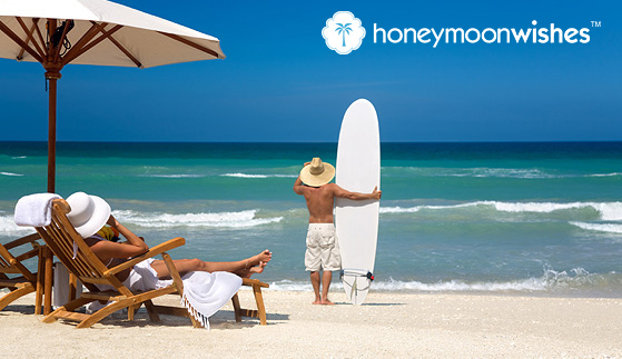 <font color= 6aa9ad >Why Honeymooners Should Work With A Travel Agent</font color>
