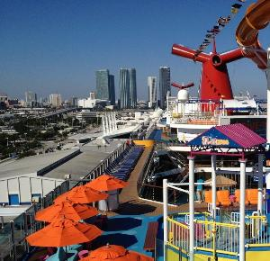 Carnival Cruises Make Honeymoons A �Breeze�