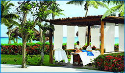 Viva Wyndham Resorts Honeymoon Registry
