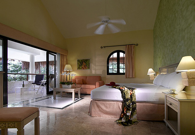 Suites at Grand Palladium Kantenah Resort & Spa